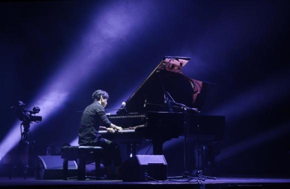 Yiruma at Sarofim Hall at The Hobby Center